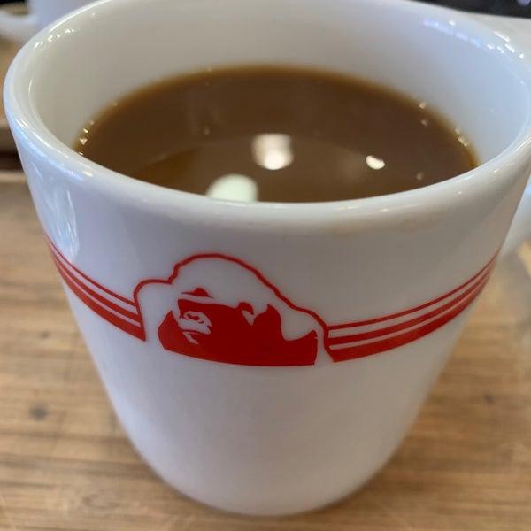 Foto scattata a Gorilla Coffee da Anthony W. il 3/6/2020