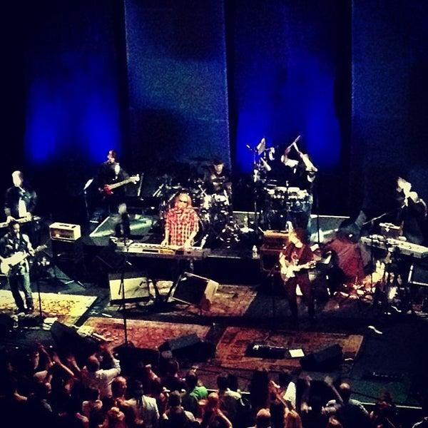Das Foto wurde bei Austin City Limits Live von bobb x h. am 5/27/2013 aufgenommen