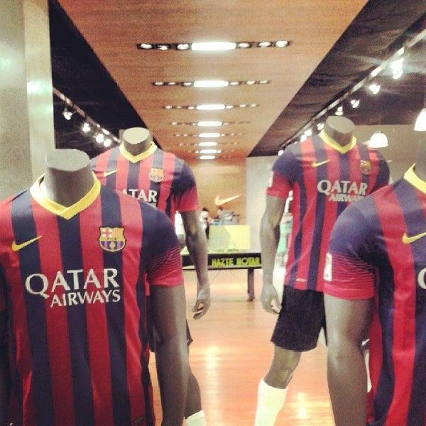 Asistir superávit picnic  Photos at Nike - Kennedy - San Marino Shopping