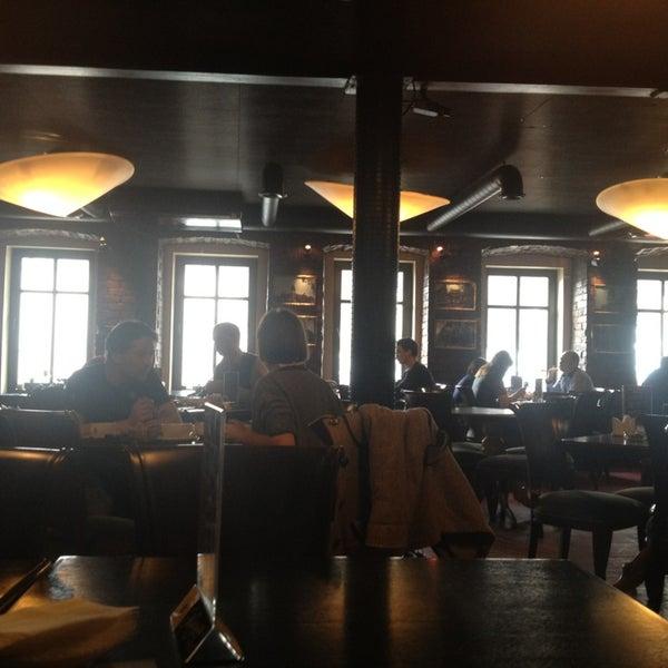 Das Foto wurde bei China Town Café von Olga A. am 2/15/2013 aufgenommen