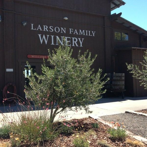 Das Foto wurde bei Larson Family Winery von Kristin F. am 7/9/2013 aufgenommen