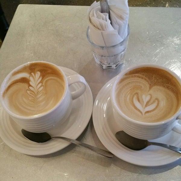 11/25/2014にZoranaがNolita Mart & Espresso Barで撮った写真