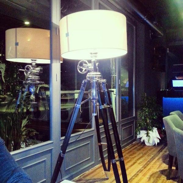 1/21/2013 tarihinde Asli A.ziyaretçi tarafından Mint Restaurant & Bar'de çekilen fotoğraf
