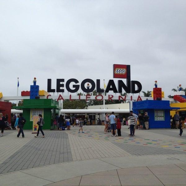 Foto tirada no(a) Legoland California por Katie M. em 6/7/2013
