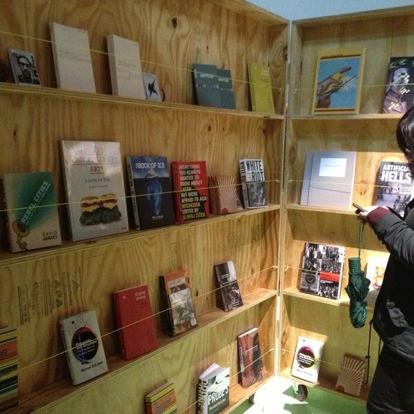 12/21/2012にkaren s.がEyebeam Art + Technology Centerで撮った写真