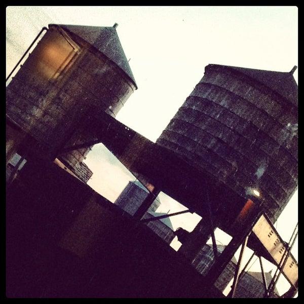 Foto scattata a Hilton da Christopher R. il 2/3/2013