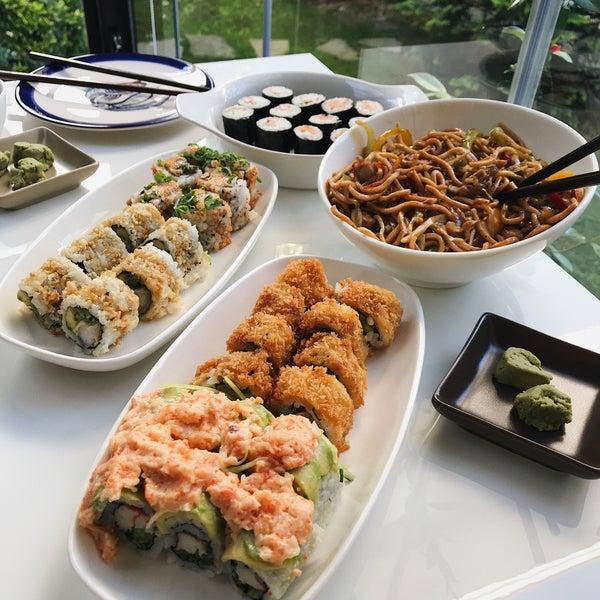 Foto scattata a Yada Sushi da Eda il 7/6/2020