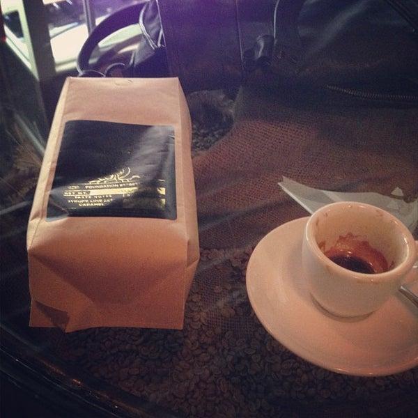 Foto tirada no(a) Bow Truss Coffee por lexi h. em 5/2/2013