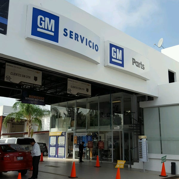 96821c47d Photo taken at Chevrolet Querétaro Motors by Javo J. on 10/5/2016