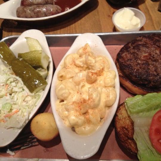 Photo prise au Butcher Bar par Jehangir I. le11/19/2012