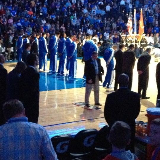 Das Foto wurde bei Chesapeake Energy Arena von Bee A. am 11/27/2012 aufgenommen