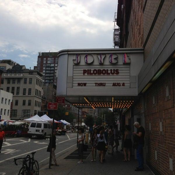 Photo prise au The Joyce Theater par Christopher C. le7/20/2013