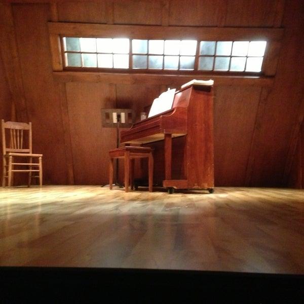 Das Foto wurde bei Rattlestick Playwrights Theater von Christopher C. am 6/29/2013 aufgenommen
