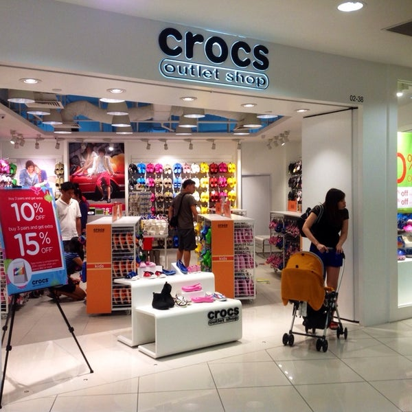 Crocs Outlet - Shoe Store in Singapore