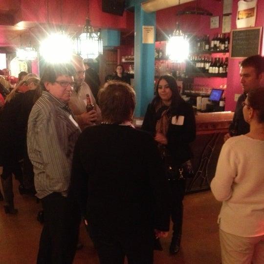 10/30/2012에 Corey W.님이 Mosaic Wine Lounge에서 찍은 사진