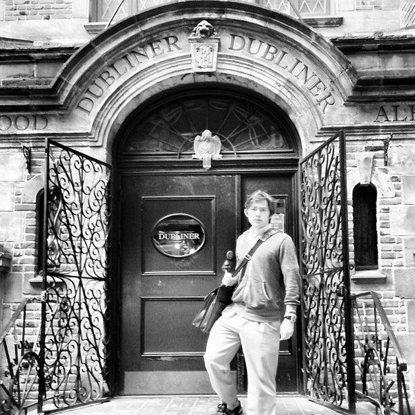 1/31/2013 tarihinde ᴡ H.ziyaretçi tarafından The Dubliner'de çekilen fotoğraf