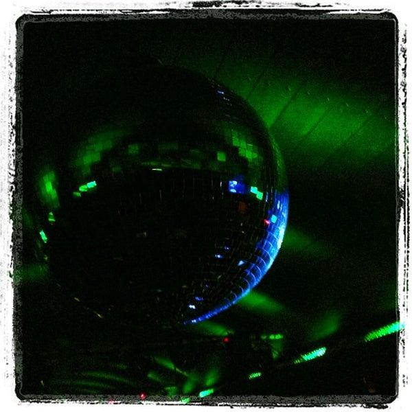 Foto scattata a Hardware Bar da Andrew T. il 11/18/2012