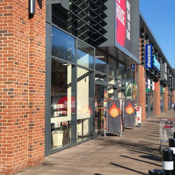 Kirkstall Bridge Shopping Park Kirkstall Kirkstall Leeds