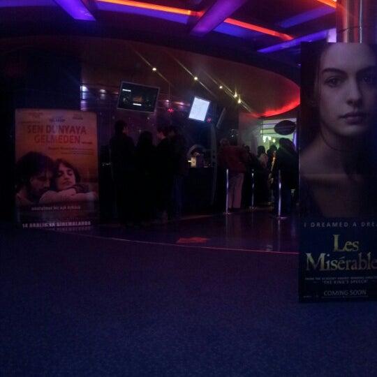 Снимок сделан в Spectrum Cineplex пользователем Serkan Ö. 12/23/2012