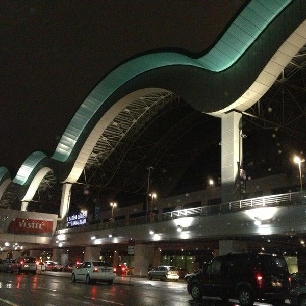 Снимок сделан в Аэропорт Стамбул им. Сабихи Гёкчен (SAW) пользователем Levent Z. 1/27/2013