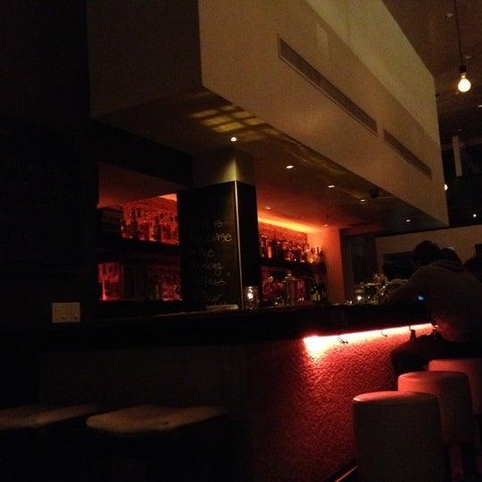 รูปภาพถ่ายที่ Oola Restaurant & Bar โดย Misty M. เมื่อ 11/3/2012