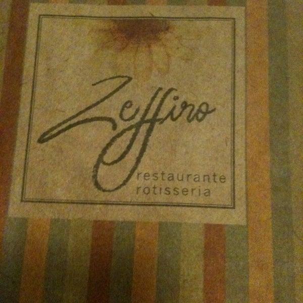 Foto tirada no(a) Zeffiro Restaurante por Chirlen C. em 2/22/2013