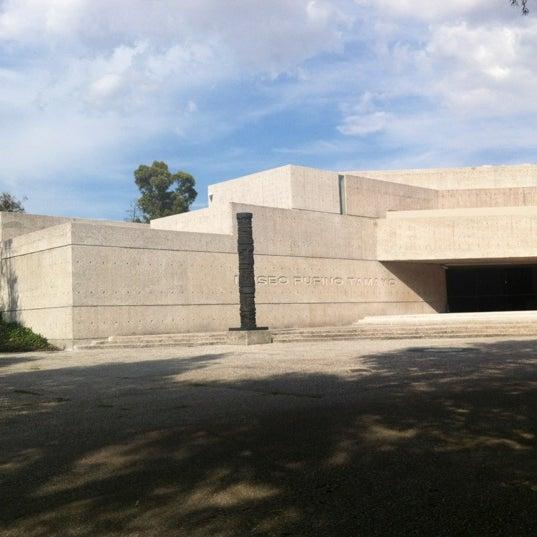 Foto tomada en Museo Tamayo por Angie S. el 10/2/2012