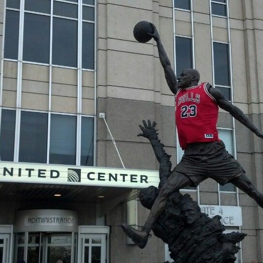 รูปภาพถ่ายที่ United Center โดย Kevin L. เมื่อ 5/2/2013