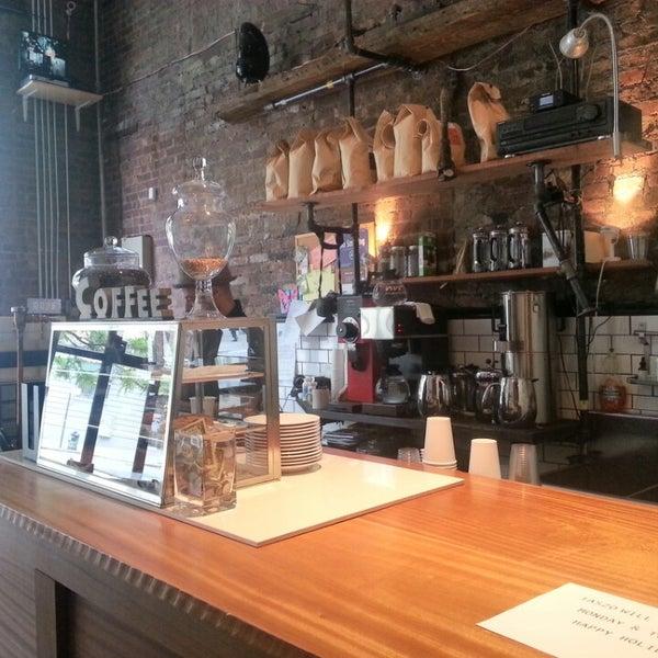 5/26/2013にKelly S.がTaszo Espresso Barで撮った写真