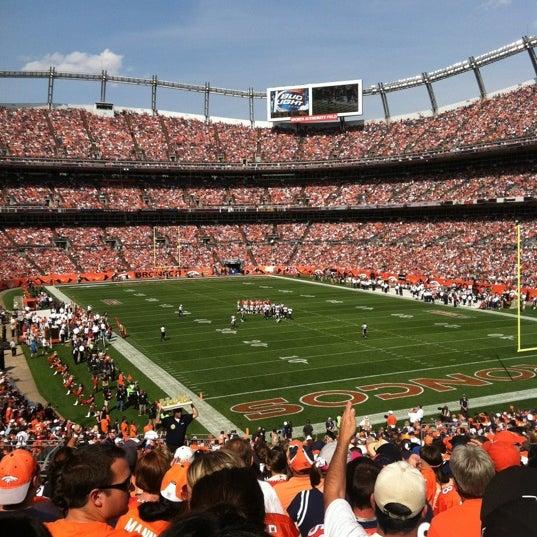 Foto diambil di Broncos Stadium at Mile High oleh Samantha S. pada 9/23/2012