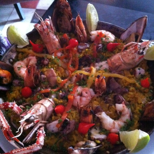 Foto tomada en Restaurante Almodovar por Eu el 12/8/2012