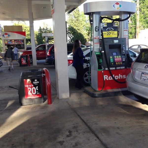 Ralphs Gas Station >> Photos At Ralphs Fuel Center Lake Balboa 1 Tip From 110