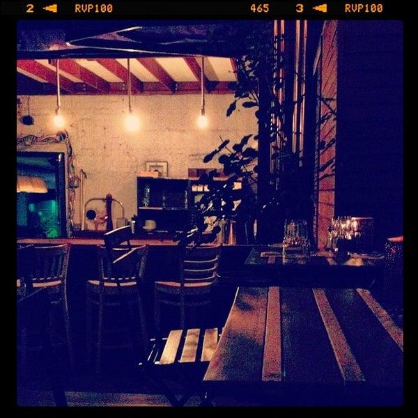 9/30/2012 tarihinde Carl J.ziyaretçi tarafından Apartment 138'de çekilen fotoğraf