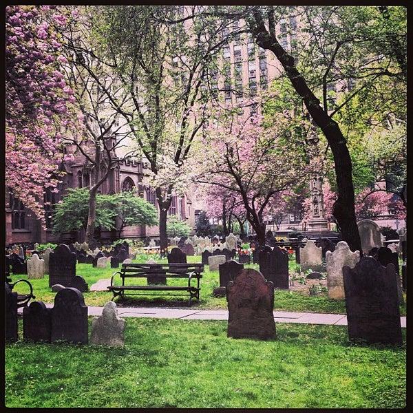 Foto scattata a Trinity Church da Carl J. il 4/28/2013