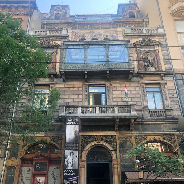 6/30/2020にViktória E.がMai Manó Gallery and Bookshopで撮った写真