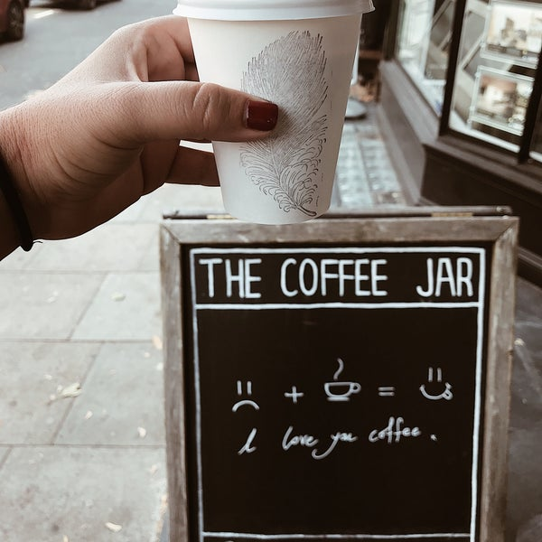 Foto tirada no(a) The Coffee Jar por Angie R. em 10/13/2018