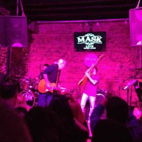 Foto diambil di Mask Live Music Club oleh Meral K. pada 1/27/2013