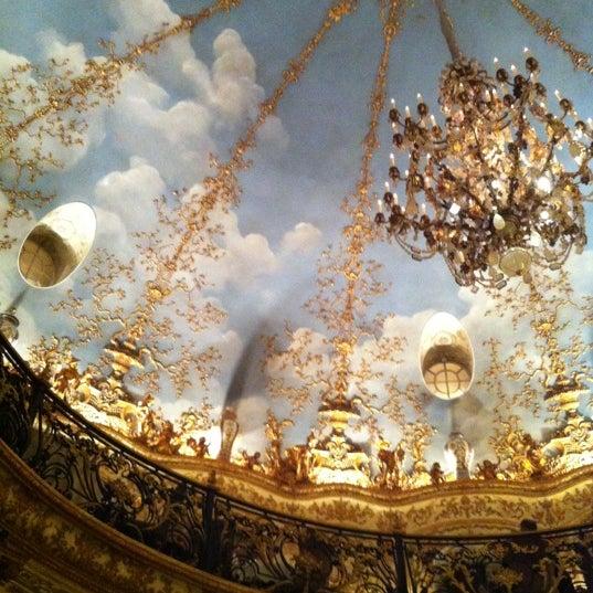 10/20/2012 tarihinde Natalia C.ziyaretçi tarafından Turandot'de çekilen fotoğraf