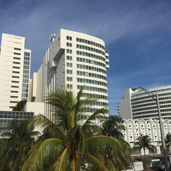 Photo prise au Fontainebleau Miami Beach par Andrew M. le7/12/2015