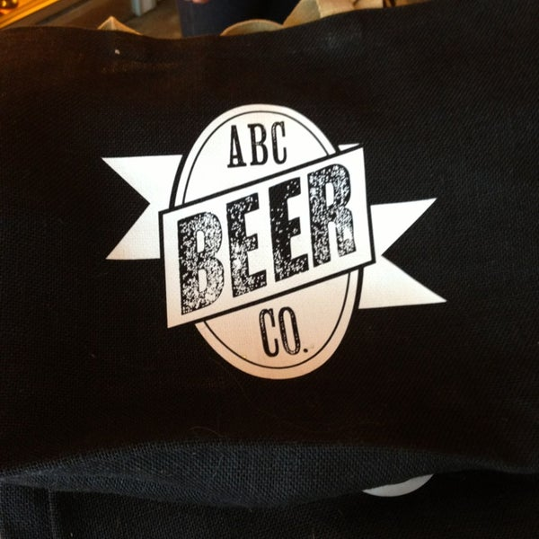 7/4/2013에 Michael P.님이 Alphabet City Beer Co.에서 찍은 사진