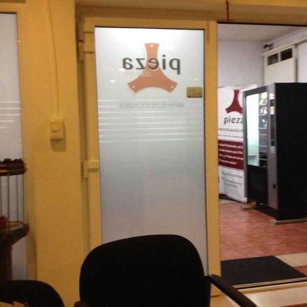 Photo prise au Pieza Estudios par Jacqueline M. le4/9/2014