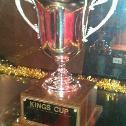 Снимок сделан в Kings Dining & Entertainment пользователем Oley Y. 12/26/2012