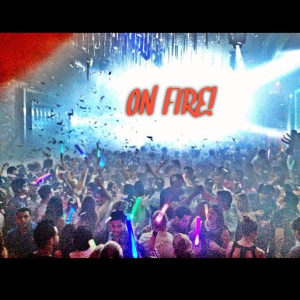 Photo prise au Spazio Nightclub par MAGMIAMI le8/17/2013