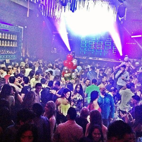Photo prise au Spazio Nightclub par MAGMIAMI le8/24/2013