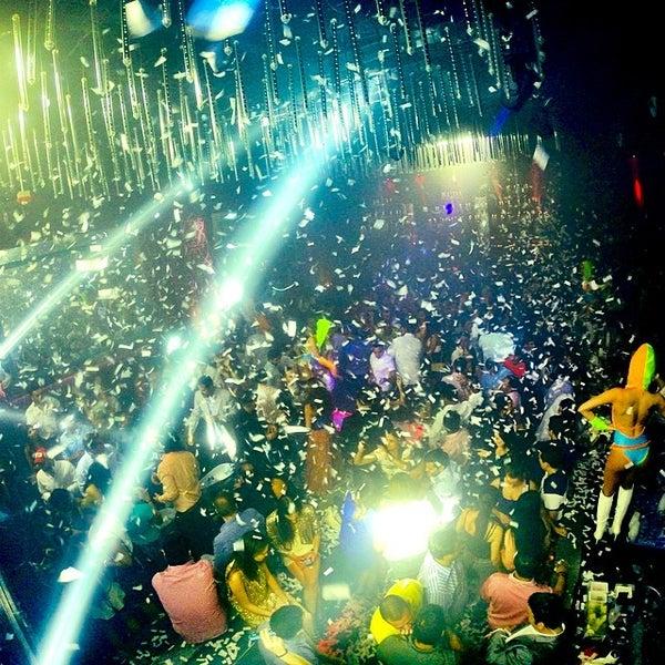 Photo prise au Spazio Nightclub par MAGMIAMI le5/17/2014