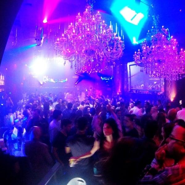 Photo prise au Spazio Nightclub par MAGMIAMI le6/7/2014