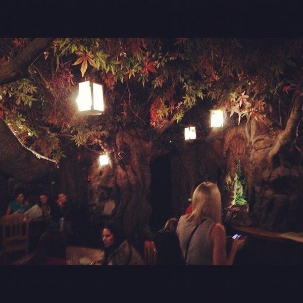รูปภาพถ่ายที่ El Bosc de les Fades โดย Jon เมื่อ 10/27/2012