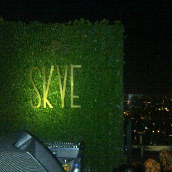 Foto diambil di SKYE oleh indry a. pada 4/19/2013