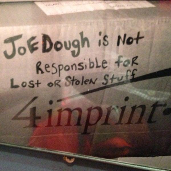 Foto tirada no(a) JoeDough Sandwich Shop por Napoleon S. em 4/30/2013