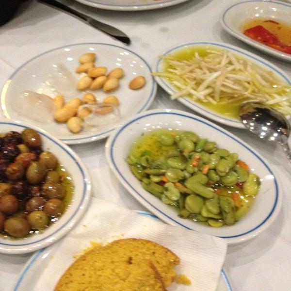 2/23/2013에 Kemal A.님이 Cunda Balık Restaurant에서 찍은 사진